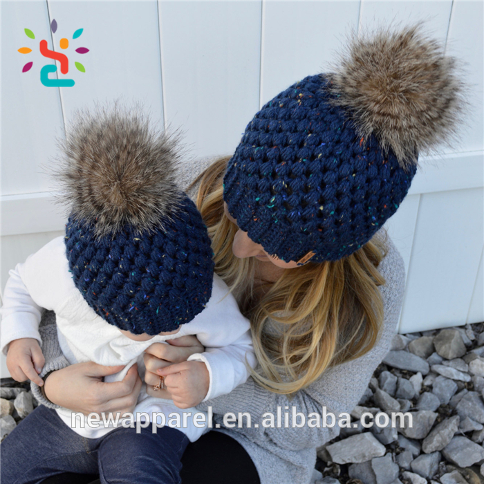 Custom Leather Patch Beanies Own Ball Top Twist Grain Knitting Beanie Babies Lady Girl Women Poms Pom Beanie Hats